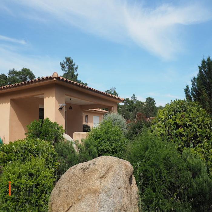 vente maison villa corse du sud avec insula immobilier. Black Bedroom Furniture Sets. Home Design Ideas